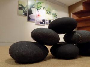 VIP masáže lávovými kameny